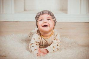 Baby Adventskalender fuer 6 Monate alt Baby